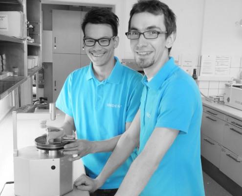 Tobias Gruhn und Lukas Rose, Auszubildende im 2. Lehrjahr
